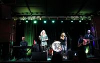 DELTA_RAE_ON_STAGE_Oct_2012.jpg