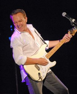 David_Cassidy_-_Edgerton_Center_2011.jpg