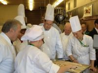 Gov_Malloy_and_Chef_Jaques_Pepin_with_students_-_Copy.JPG