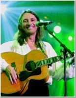 ROGER_HODGSON_GREEN_BACKGROUND__2012__.jpg