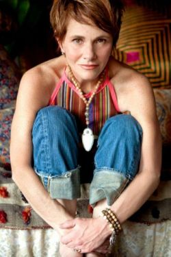 SHAWN_COLVIN_JEANS_JUNE_22_2012_.jpg